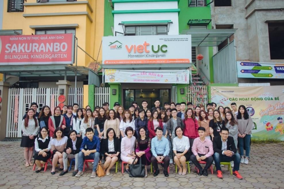 Chuyến đi thực tế khảo sát doanh nghiệp của lớp Quản trị Marketing Chất lượng cao K59