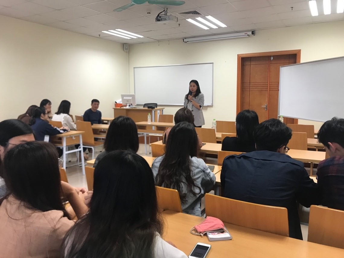 Bộ môn Định giá tổ chức phổ biến kế hoạch thực tập tốt nghiệp cho sinh viên Chuyên ngành Thẩm định giá Khoá 58 và gặp gỡ đại diện doanh nghiệp